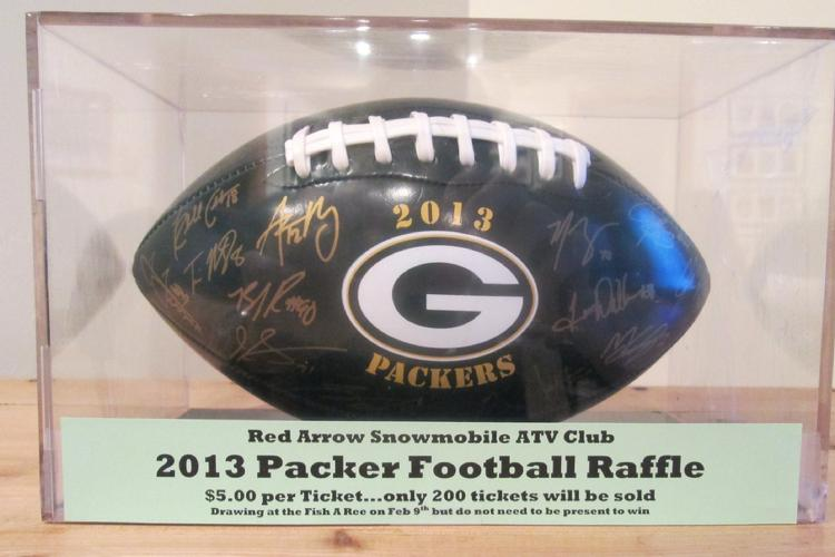750_2014_01_18_Packer_football_for_raffle
